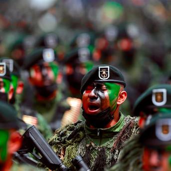 EU detiene a 14 soldados mexicanos por cruzar frontera en Texas
