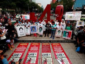 Expolicía imputado en caso Ayotzinapa se entrega a la justicia mexicana