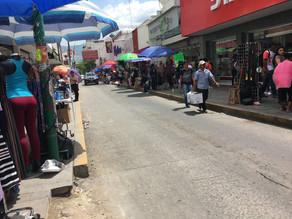 "Ocho de cada 10 mexicanos consumen productos ""pirata"""