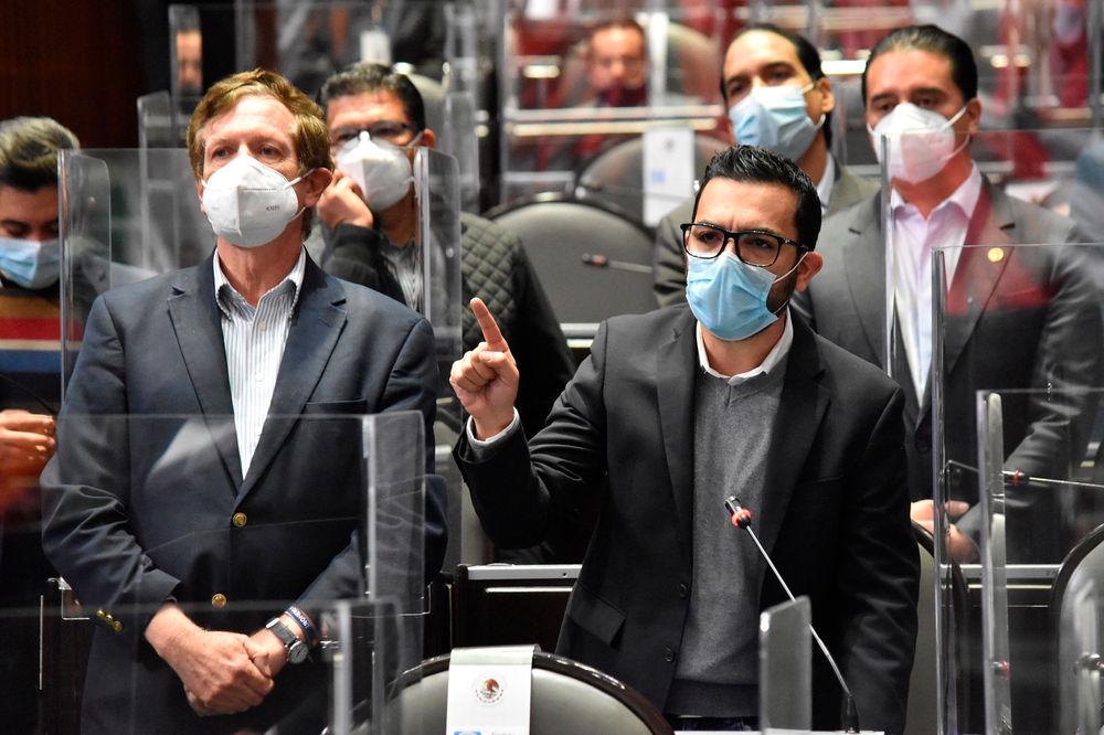 Congreso de México prohíbe castigos físicos y humillantes
