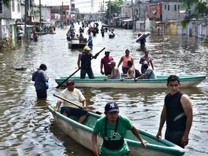 """Tabasco en """"alerta máxima"""" tras desbordamiento del río Usumacinta"""