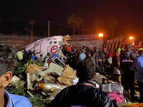 Al menos 17 muertos y decenas de heridos en un accidente de avión en India