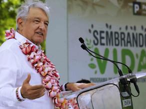Detención de Cienfuegos y García Luna representa 'decadencia' del neoliberalismo: AMLO