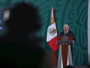 """Mujeres piden a López Obrador """"romper el pacto"""" con político acusado de abuso"""
