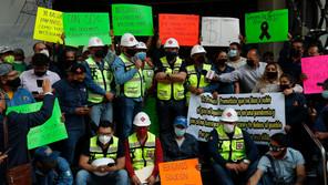 Gaseros protestan con un paro contra precios y medidas del Gobierno