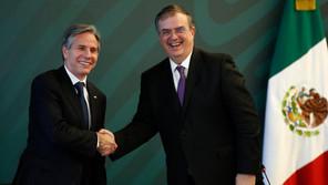 """México y EU inician una """"alianza"""" de seguridad como """"socios iguales"""""""