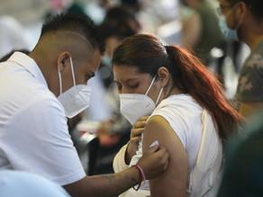 La controversia por el carnet de vacunación y otras claves sobre la pandemia
