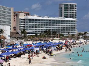 Alertan sobre contagio masivo de estudiantes en viaje a Cancún