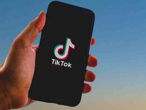 Microsoft dice que seguirá negociando para comprar TikTok tras haber hablado con Trump