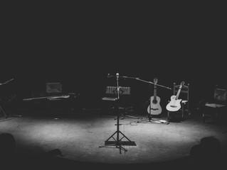 Sin fronteras, música y poesía .  Sara Sae en Granada