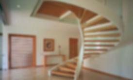 Приклад спіральні сходи