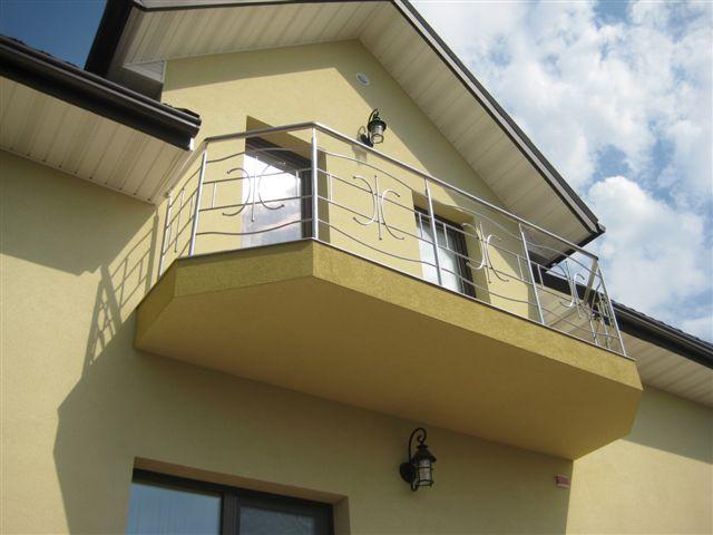 22. Фото. Балконы во Львове.