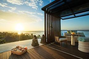 The Ritz-Carlton, Bali - Floating Breakf