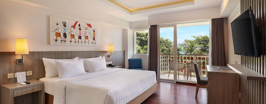 AstonCanggu-BedroomDeluxeOcean.jpg