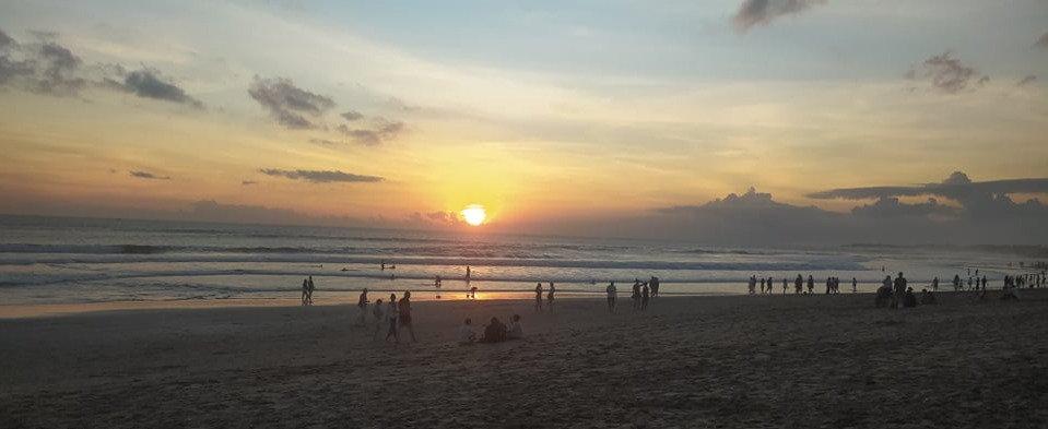 seminyak beach 1_edited.jpg