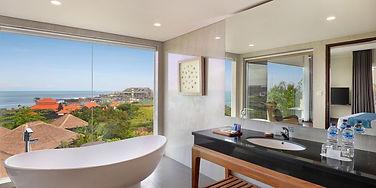 AstonCanggu-Bathroom-in-SuiteRoom.jpg