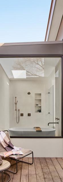 kitchen2157.jpg