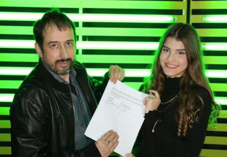 Contrato assinado: Gabi Amaral é destaque na mídia brasileira