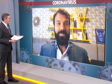 Médicos fazem atendimento de pessoas com sintomas de coronavírus por chamada de vídeo