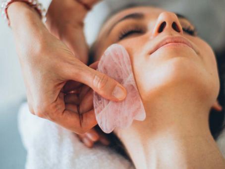 Caras e bocas fazem parte da nova tendência para rejuvenescer com foco no autocuidado