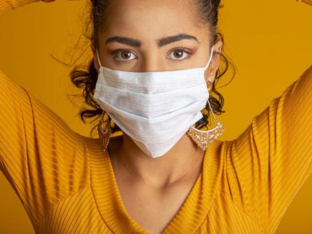 Cuidados que você deve ter com a pele enquanto precisa usar máscara para o rosto