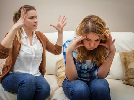 Sinal amarelo: por que é importante entender a  personalidade do adolescente?