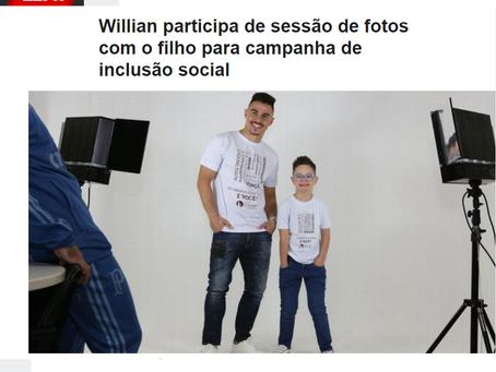 Willian participa de sessão de fotos com o filho para campanha de inclusão social
