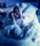 donna che non riesce a dormire.jpg