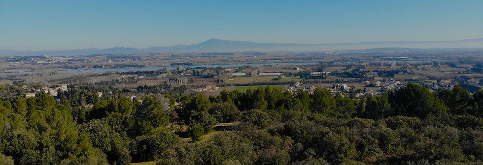 Vue de Sauveterre vallée du Rhône et Ventoux