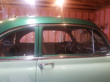 Classic Car Glass Replacement and Customizing