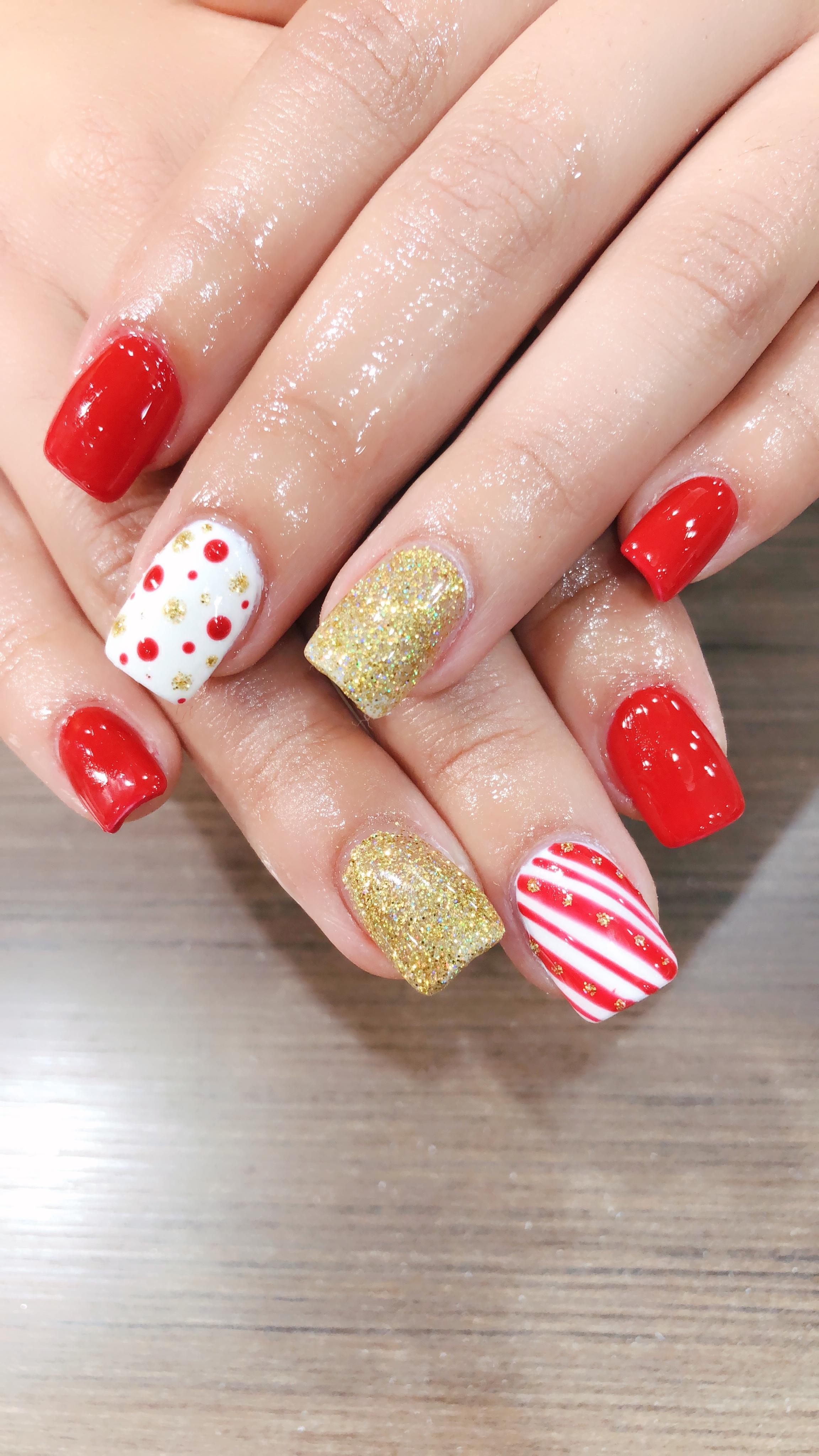 Christmas Nails 1