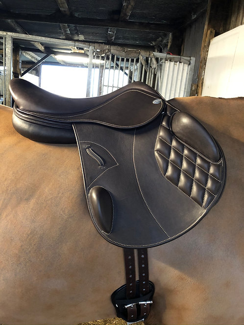 Harry Dabbs Platinum Jump Saddle