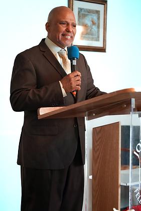 Pastor Bob.png