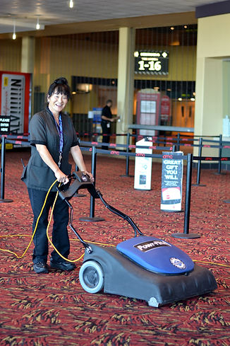 Pondsco-Facility-Services_Vacuuming.jpg