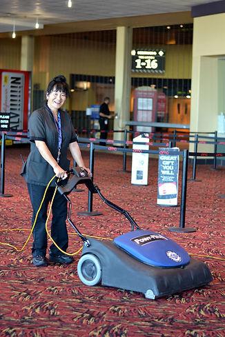 Pondsco-Facility-Services_Vacuuming.jpg