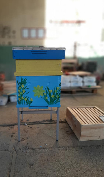 Newly Produced Blue Ceramic Beehive