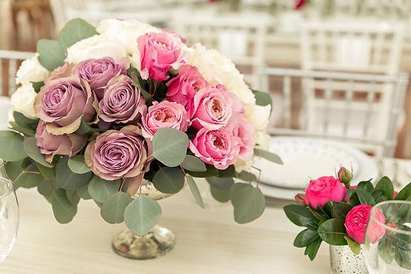 Tiara Deluxe Garden Rose arrangement