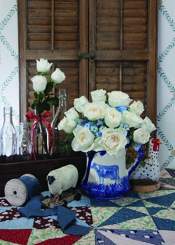 Whit Cloud Deluxe Garden Rose arrangement