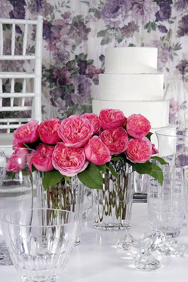 Mariatheresia Deluxe Garden Rose arrangements