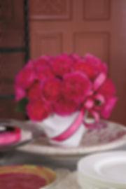 Baronesse Deluxe Garden Rose arrangement