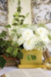 Alabaster Deluxe Garden Rose Arrangement