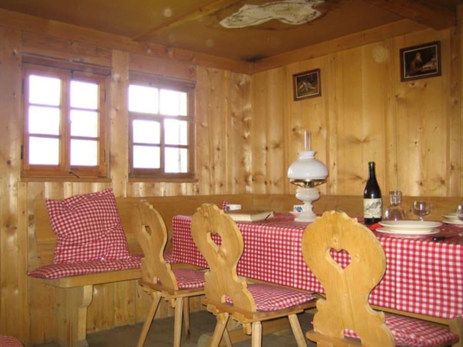 Hütte_Oberer_Rudersberg_Abländschen_(2).