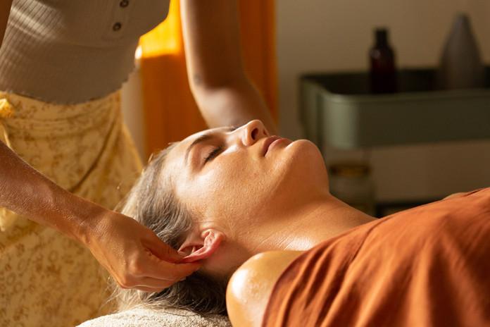 Alice-Dennehy-Lomi Lomi Massage- Gold Coast