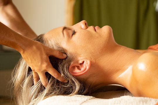 lomi lomi massage Gold Coast