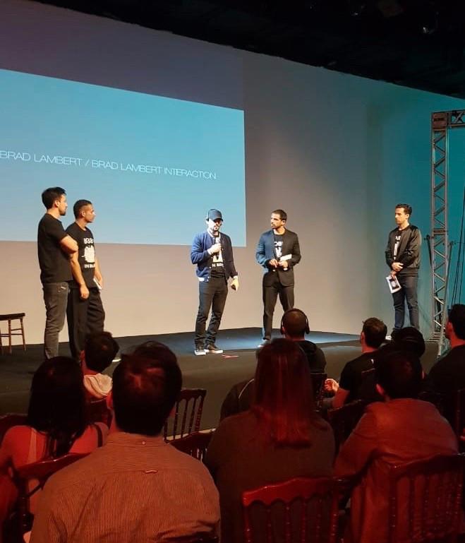 Brad R Lambert speaking at an Entertainment Workshop in São Paulo