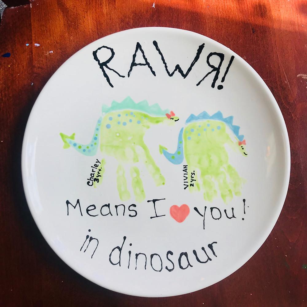 Handprint Dinosaur plate by Artastic kids