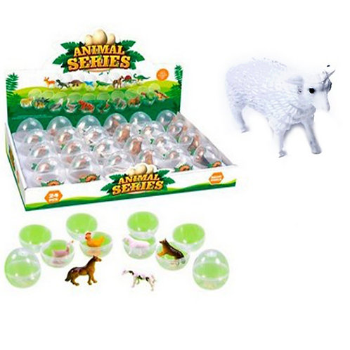 Домашние животные в ассортименте в яйце в шоу-боксе