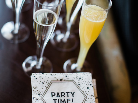 10 THINGS TO DO THE MORNING OF YOUR WEDDING DAY!