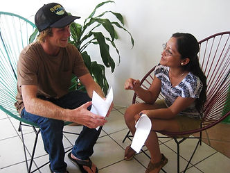Practice Spanish, Learn languages, Study and surf, Conversation with native people, Spanish teachers online, Private lessons, Intensive courses, classes on-site