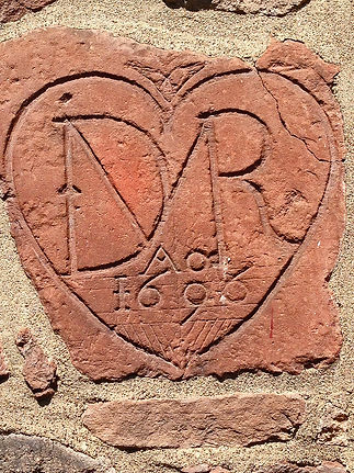 Demarest_Heart_Stone_Church_on__1000px.j
